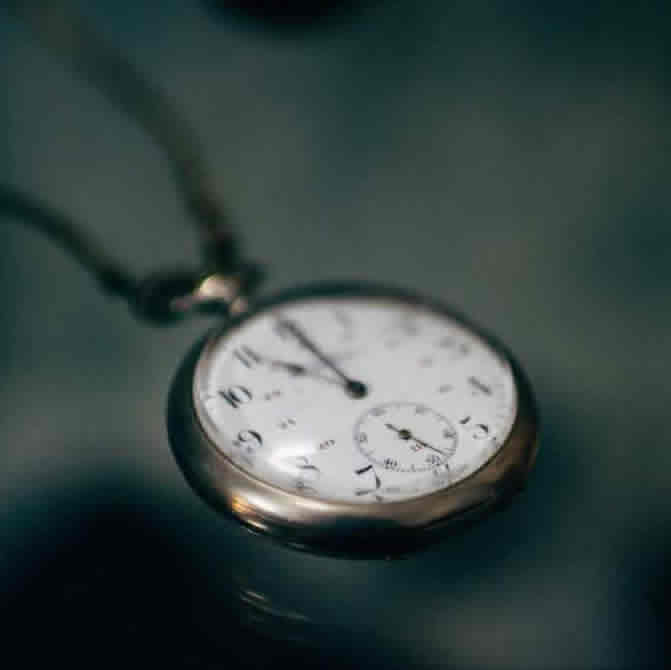 how to use fake pocket watch